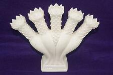 Wedgwood Etruria Barlaston Williamsburg Cream 5-Finger Posy Holde Vase England