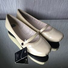 Lacoste Beige Patent Leather Flat Mary Jane Shoes Size 8 Uk 42 Eu NEW RRP £80