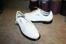 OAKLEY WOMENS GOLF SHOES SIZE 7 M SAMPLE