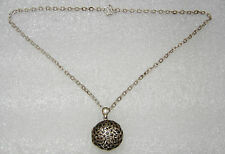 STERLING SILVER CELTIC LOCKET PENDANT ON 17 INCH CHAIN NECKLACE N194-B