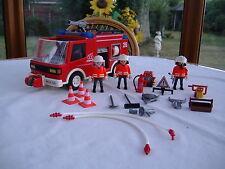 Playmobil fire engine avec figurines et accessoires (3880)