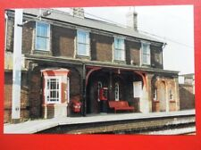 PHOTO  MISTLEY RAILWAY STATION ESSEX 1994 EXTERIOR VIEW