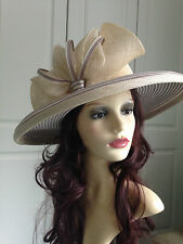 STUNNING NIGEL RAYMENT CREAM HAT STRIPED WEDDING OCCASION