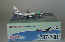 Dragon Wings 56290-03 Boeing 737-79PWL China Eastern B-5265 in 1:400 scale
