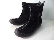 PRIVO BLACK SUEDE WATERPROOF WINTER ANKLE BOOT WOMENS SZ 6M