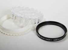 TIFFEN 52 mm HAZE-1 LENS FILTER CIRCULAR ROUND HARD CASE CAMERA MADE IN USA