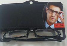 Brille mit Sehstärke + 1,00 und Eti