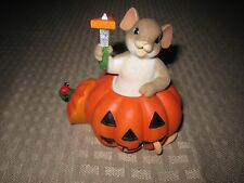 Charming Tails Carving Out a Little Halloween Happiness figurine 2015 Enesco