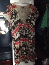 Gorgeous Vince Camuto dress, size 12 with pockets