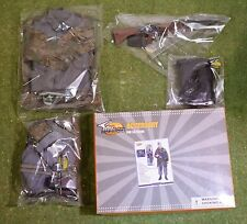 TOYS CITY 1/6 SCALE WW II GERMAN PARATROOPER TCT-6024 UNIFORM & ACCESSORIES ONLY