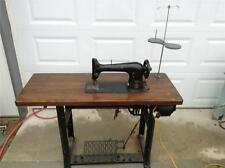 COMMERCIAL SINGER SEWING MACHINE, MODEL 31 - 15.