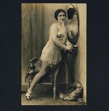 YOUNG NUDE WOMAN STOCKINGS / JUNGE FRAU NACKT * Vintage 10s Risque Photo PC