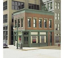 DPM (HO Scale) 100 Series Kits #11300 -- Carol's Corner Cafe - NIB