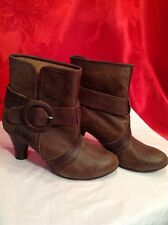 Jeffrey Campbell Brown Distressed Leather Buckle Boots Size 8M Nice