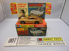 Corgi toys 261 James Bond Aston Martin D.B.5 (Rare version so close to mint)