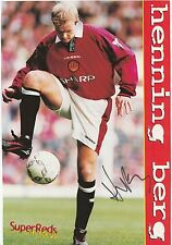 HENNING BERG MANCHESTER UTD 1997-2000 ORIGINAL SIGNED MAGAZINE PICTURE CUTTING