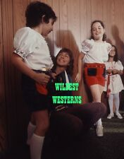 DAVID CASSIDY Partridge Family Rare BACKSTAGE CANDID Photo w/ young fans