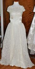Vintage Vanilla Lace Wedding Gown & Train