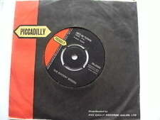 ROCKIN BERRIES 1964 HES IN TOWN FLASHBACK 7INS SINGLE RECORD JUKEBOX
