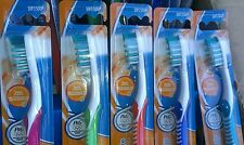 LOT OF 5 ORAL-B ADVANTAGE COMPLETE DEEP CLEAN TOOTHBRUSHES  SOFT HEAD