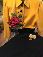 Christian Dior Wool Ladies Suit Size 14 R Cropped Jacket 2 Piece EUC