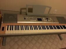 Yamaha Portable Digital Piano YPG-625 88 Weighted Keys  Plays great Local Pickup