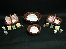 4 ENESCO CALICO KITTENS BASKETS 2 WITH FOOD FOR CATS