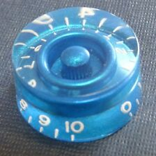 POP-KNOB guitar speed knob in PEARLESCENT BLUE with white numbers