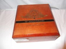Beautiful solid wood cigar box with hinged lid, fitted interior. Champagne Chur