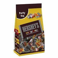 Hershey's Miniatures Chocolate Assortment 40 oz Party Size Bulk Candy Yellow Bag