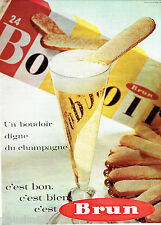 PUBLICITE ADVERTISING 096  1962    les biscuits boudoirs champagne Brun