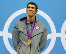 Michael Phelps UNSIGNED photo - F1127 - American competitive swimmer