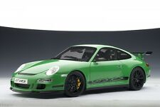 PORSCHE 911 (997) GT3 RS COUPE GREEN AUTOart 1:18 VERY RARE NEW IN BOX MINT