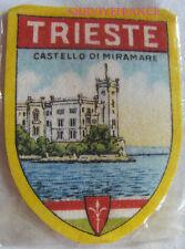 BG6230 - ECUSSON TISSU BLASON VILLE DE TRIESTE  - CASTELLO DI MIRAMARE