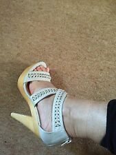 ladies size 5 plated strap wooden high heel sandals