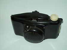 BOYER PHOTAX PARIS STEAM LINE BAKELITE FUNCTIONAL CAMERA WITH ITS RARE FRONT CUP