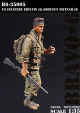 BRAVO-6 35005 U.S. Infantry Private (2) Vietnam '68 1/35 RESIN FIG.