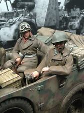 1/35 Scale WWII soldiers x 2 seated in a vehicle NO.2 military model kit