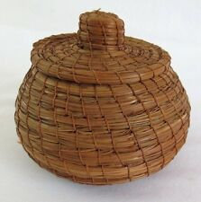 """Pine Needle Basket with Lid 4"""" Tall Vintage Coiled Medium Brown"""
