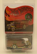 HOT WHEELS HWC 2012 Blown Delivery Holiday Red Line Club