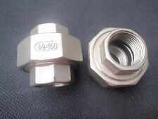 "STAINLESS STEEL UNION 3/4"" NPT PIPE SPLIT COUPLING UN-075"
