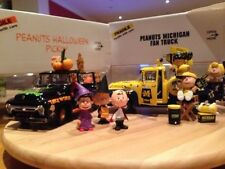 Peanuts Movie Die Cast Ford Haloween Pickup Truck 1/24 Danbury Mint