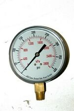 Industrial Grade 4FLY3 Pressure Gauge, 3 1/2 In, 0-400 Psi, Fill: dry - NEW