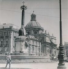 ITALIE c. 1948 - La Place du Dôme La Fontaine à Catane Sicile - DIV 8957