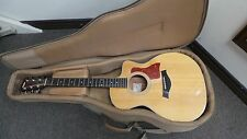 Taylor 214ce  Acoustic-Electric Guitar with Soft Case