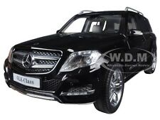 MERCEDES GLK BLACK 1/18 DIECAST MODEL CAR GT AUTOS BY WELLY 11008