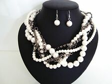 ChunKy TwisTed WhiTe FaUx PeaRls DiaManTe & BlaCk ChaiNs NecklAce & EaRRing SeT