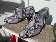 Vionic OrthaHeel TABER Black Gray Leather Ankle Boot US 8 EU 39 Python Snake
