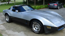 Chevrolet : Corvette Base Coupe 2-Door, C-3