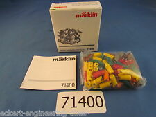 EE 71400 NEW Marklin 100 Count 66 Plugs and 34 Sockets NEW Style Assortment